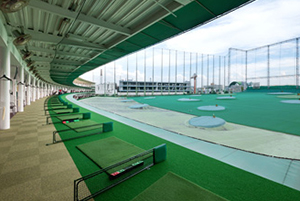 イーグルゴルフ大正校の練習場の写真