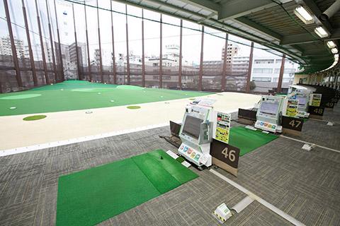 イーグルゴルフ桜宮校(桜宮ゴルフクラブ)の練習場からの景観