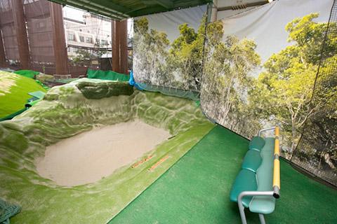 イーグルゴルフ桜宮校(桜宮ゴルフクラブ)の本格バンカー打席の写真